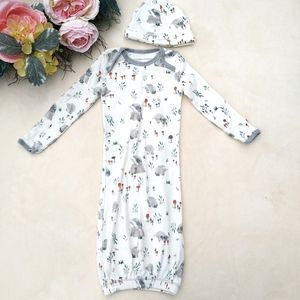 Burt's Bees Baby Gown Sleeper and hat